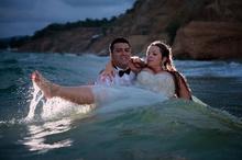 Фотографи Бургас / Сватбен фотограф Бургас